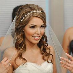 15 gorgeous wedding hairstyles with headband - wedding hairstyles - cuteweddingideas.com #weddinghairstyles