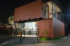Home - Minha Casa Container Container Van, Storage Container Homes, Container House Design, Container Buildings, Container Architecture, Architecture Design, Sea Containers, Casas Containers, Used Shipping Containers