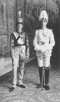 El rey Alfonso XIII y el duque Antonio de Orleans y Borbón de Galliera.