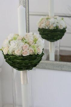 design floral exclusivist Iconic Flowers by Madalina Sandu. Lumanare de botez pentru fetite