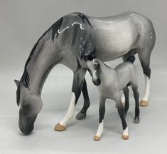 handmade & custom glazed earthenware foal in smokey grey Foam Packaging, Family Set, Draft Horses, Wooden Background, Palomino, Thoroughbred, Royal Doulton, Glazed Ceramic, Earthenware