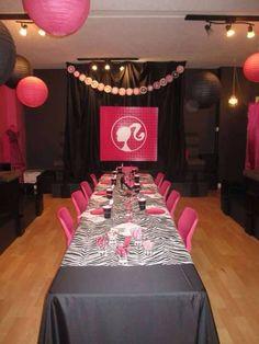 Barbie party table setup