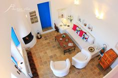santorini, akrotiri, private villa, traditional architecture, design
