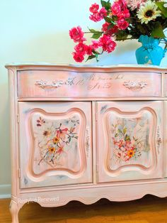 I love creating drips! This is blending of many colors of corals, pinks and yellows. I used the rose celebration transfer. Custom Furniture, Painted Furniture, French Provincial, Corals, French Country, Buffet, Celebration, Remodeling Ideas, Creative