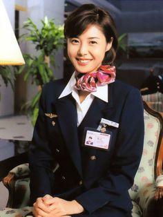 「やまとなでしこ」の松嶋菜々子。Nanako Matsushima in 'Yamato nadeshiko' (a Japanese TV drama) as a flight attendant. I'm so glad I bought the DVD, because one of the asshole (young actor who played the role of a womanizer doctor) got arrested for using drugs, & so it can't be rebroadcasted for decades to come. :-(