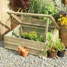 x Overlap Wooden Cold Frame For Plant Protection & Improved Growth This large classic wooden cold frame offers great protection whilst helping create an ideal growing environment for small plants. It features a single opening lid which can be held open wi Garden Gates, Garden Beds, Home And Garden, Build A Greenhouse, Greenhouse Gardening, Miniature Greenhouse, Cold Frame Gardening, Wooden Garden Planters, Garden Equipment