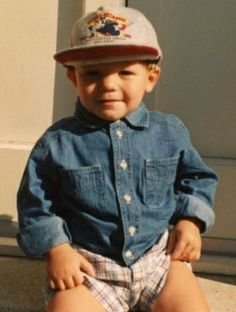 Baby Niall Horan Reminds me of baby Louis Tomlinson Louis Tomlinson Baby, One Direction Louis Tomlinson, Tomlinson Family, Liam Payne, Harry Styles, Nicole Scherzinger, Zayn Malik, Funny Happy Birthday Pictures, Funny Birthday