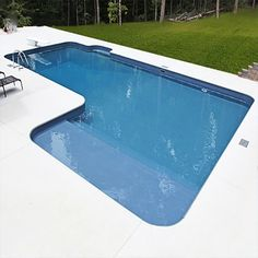 A 16 x 32 x 26 True L In-ground Swimming Pool Kit with Tanning Ledge is perfect for any backyard! Let Pool Warehouse design your dream swimming pool kit! In Ground Pool Kits, In Ground Pools, Vinyl Pools Inground, Piscina Diy, Pool Warehouse, Warehouse Design, Piscina Rectangular, Swimming Pool Kits, Outdoor Swimming Pool