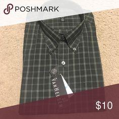 No iron long sleeve dress shirt Dark green plaid long sleeve dress shirt. XL neck 17-17 1/2 Van Heusen Shirts Dress Shirts