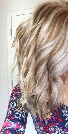 Schattierte Frisuren – Top 20 Shades of Hair – hair color blonde Platinum Highlights, Hair Color Highlights, Platinum Blonde Hair, Blonde Color, Golden Blonde Highlights, Low Lights Hair, Hair Color And Cut, Hair Shades, Pretty Hairstyles