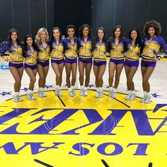 Tha most beautiful ladies on Earth are the Lakers girls. Lakers Girls, Professional Cheerleaders, Ice Girls, Hot Cheerleaders, Sexy Shorts, Los Angeles Lakers, Vintage Beauty, Kobe