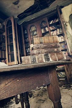 Old library ~ oh, I could have fun in there! I'd keep the furnishings for sure!