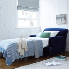 No guest room? No problemo! You'll find a pull-out bed stashed inside this yummy slice of squidge. Chaise Chair, Chair Bed, Pull Out Bed, Guest Bed, Guest Room, Comfy Sofa, Blue Bedding, Modular Sofa, Bespoke Design