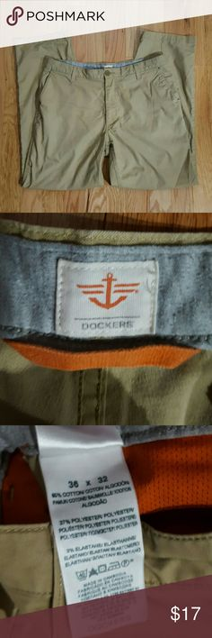 36x32 Straight Khakis from Dockers Excellent condition khakis - worn less than 5 times.  Just need to be ironed :) Dockers Pants Chinos & Khakis