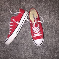 Converse❤️ Great Condition. Says women's 7 and I'm and 8.5 shoe. Converse Shoes Sneakers