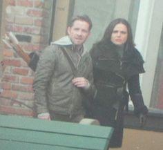 Sean & Lana filming a scene for episode 5x12 (November 4, 2015)