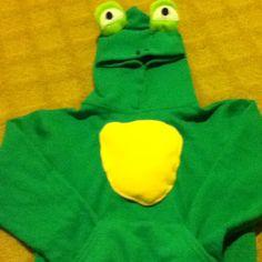 Sweatshirt costume - Frog School Spirit Days, Frog Costume, Nature Crafts, Samhain, Diy Projects, Sweatshirt, Costumes, Holidays, Inspired