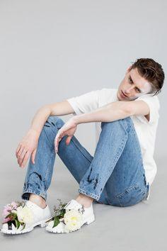 strangeforeignbeauty:  Alek Stoodley| Photographed by Angelika Wierzbicka for Idol Magazine