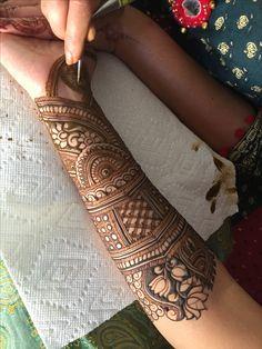 Ideas Tattoo Traditional Design Roses For 2019 Latest Bridal Mehndi Designs, Full Hand Mehndi Designs, Henna Art Designs, Mehndi Designs For Girls, Mehndi Design Photos, Wedding Mehndi Designs, Mehndi Designs For Fingers, Dulhan Mehndi Designs, Latest Mehndi Designs