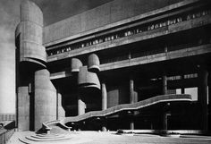 Paul Rudolph: Health, Welfare & Education Service Center for the Commonwealth of Massachussetts, Government Center, Boston, MA, 1970