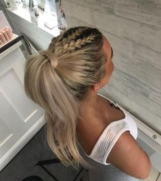 Triple plait into a high bouncy pony 😍 Best Picture For ponytail hairstyles drawing For Your Taste Y High Pony Hairstyle, High Ponytail Braid, Prom Ponytail Hairstyles, Ball Hairstyles, High Ponytails, Homecoming Hairstyles, Braided Hairstyles, Cheer Ponytail, Mohawk Braid