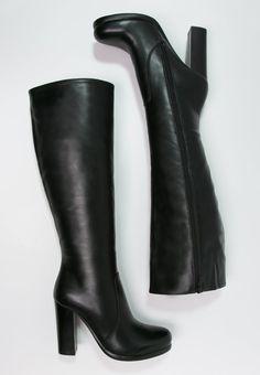 aa9e019e64921c Die 93 besten Bilder von Weapons of a Lady - Shoes