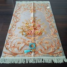 This is an elegantly designed high quality prayer mat. We take the upmost care whilst considering the positioning of every single piece of the design.  It is a unique gift for Ramadan, Eid, Hajj, Umrah, Wedding, Birthday and any other special occasion. One of the Tasbih seen on pictures Muslim Prayer Rug, Prayer Room, Unique Gifts, Handmade Gifts, Single Piece, Eid, Ramadan, Diy And Crafts, Special Occasion