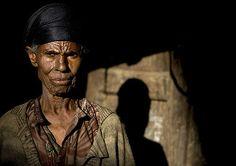 https://flic.kr/p/5FioXF   Old woman in Addis Ababa suburbs, Ethiopia    © Eric Lafforgue  www.ericlafforgue.com