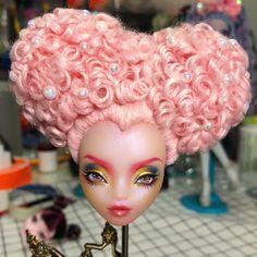Custom Monster High Dolls, Monster High Repaint, Custom Dolls, Mattel Dolls, Lol Dolls, Doll Toys, Monster High Mermaid, Plastic Doll, Doll Painting