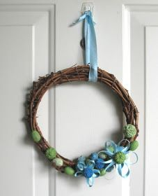 Grow Creative: Spring Wreath Tutorial