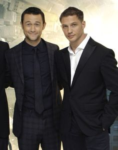 Well there are my 2 favorite boys! JGL and Tom Hardy <3 Arthur and Eamsie