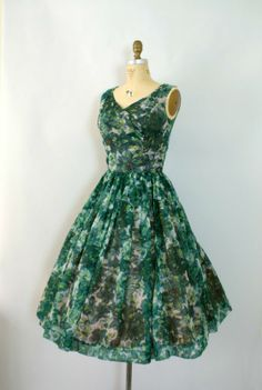 Pretty green floral vintage dress.