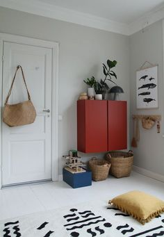 Coco Lapine Kētos print in Maiju's kids room Coco Lapine Kētos print in Maiju's kids room The post Coco Lapine Kētos print in Maiju's kids room appeared first on Woman Casual - Kids and parenting Baby Zimmer Ikea, Kids Storage Furniture, Ikea Basket, Decoracion Low Cost, Decor Scandinavian, Creative Storage, Storage Ideas, Storage Hacks, Kids Bedroom