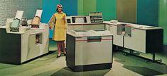 Univac 9200 mainframe computer system, from marketing brochure, circa 1969 Retro Office, Vintage Office, Computer Photo, Retro Robot, Tech Gadgets, Restoration, Layout, History, Robots