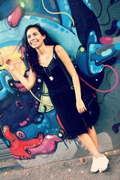 Esse grafite é amor, mais fotos no http://princesadapreguica.com.br/look-do-dia-gotica-com-calor/