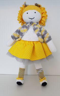Crochet doll Zosia. Lalka zrobiona na szydełku Zosia. hand made dolls cotton crochet toy gift girl lalki szydełko zabawka ręczna praca ręczne robótki bawełna