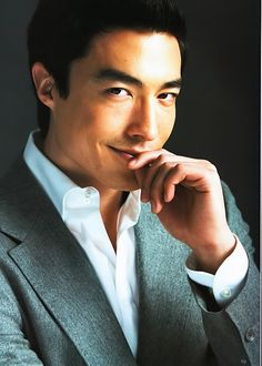 Daniel Henney (mother is of Korean descent and father is of European-American descent)
