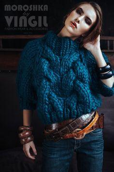 Thick yarn sweatshirt - Lady R Gray - - - Knitwear Fashion, Knit Fashion, Sweater Fashion, Fashion Wear, Fashion Outfits, Chunky Knitting Patterns, Hand Knitting, Crochet Patterns, Mode Style