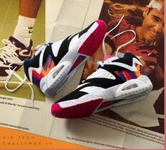 Anuncio Nike, Best Sneakers, Shoes Sneakers, Timeless Series, Fresh Shoes, Vintage Shoes, Nike Huarache, Cool Watches, Designer Shoes