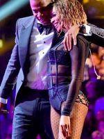Beyoncé's Sexy Performance Renews An Old Debate #refinery29
