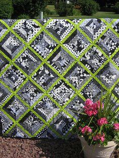 Rett's Black & White Stringer - Explored by mamacjt, via Flickr