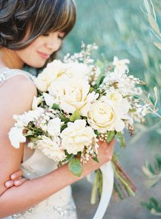 Beautiful ivory Bridal bouquet. #wedding #flowers