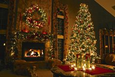 christmas wallpaper 81 21 Stunningly Beautiful Christmas Desktop Wallpapers Very nice The Christmas Song, Christmas Desktop, Noel Christmas, Merry Little Christmas, Christmas And New Year, Winter Christmas, Christmas Lights, England Christmas, Christmas Presents