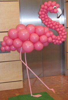 Balloon art - pink flamingo …