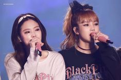 """BLACKPINK shared an emotional moment during the encore performance of """"Stay"""" at Day 2 of their first solo concert in Seoul. Yg Entertainment, South Korean Girls, Korean Girl Groups, Blackpink Wallpaper, Concerts In Seoul, Blackpink Members, Kim Jisoo, Blackpink And Bts, Blackpink Photos"""