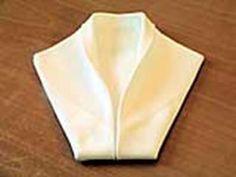 Folding napkinss smoking jacket style