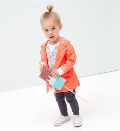 Tumble 'n Dry 'neon' zomerjas Tumble N Dry, Hooded Jacket, Rain Jacket, Windbreaker, Girl Fashion, Neon, Boys, Girls, Sweater