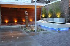 Achtertuin Kerkrade: moderne Tuin door Guy Wolfs Hoveniersbedrijf