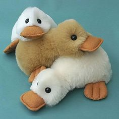 Duck Pattern - PDF Looking for your next project? You're going to love Fluffy Duck Pattern - PDF by designer Raggy Dolls.Looking for your next project? You're going to love Fluffy Duck Pattern - PDF by designer Raggy Dolls. Sewing Toys, Baby Sewing, Sewing Crafts, Sewing Projects, Sewing Tutorials, Sewing Hacks, Plushie Patterns, Animal Sewing Patterns, Softie Pattern