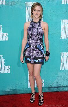 Sexy Emma Watson MTV Movie Awards Photos 02